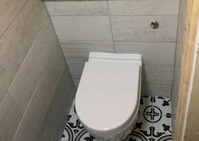 Understairs toilet refurb